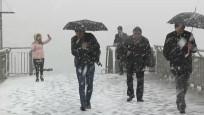 İstanbul'a ilk kar düştü