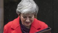 Theresa May siyaseti bırakıyor