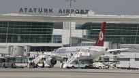 12 yaşındaki çocuk Atatürk Havalimanı'nda aprona girdi