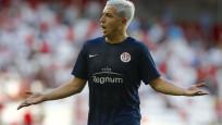 Yıldız futbolcuya 1 yıl men cezası