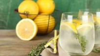 Limonlu su içmek için 6 neden