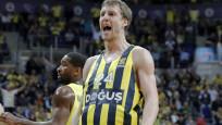 Fenerbahçe, Baskonia'yı yine yıktı