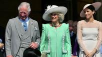 Kraliçe, Meghan Markle'ı yetersiz buldu