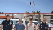 Lefkoşa'da Türk bayrağını indirmeye çalışan 2 kişi tutuklandı