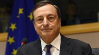 Draghi: Belirsizlik ekonomik görünümü sindiriyor