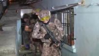 Beyoğlu'nda uyuşturucu satıcılarına operasyon