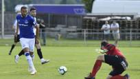 Cenk Tosun 45 dakikada 4 gol attı