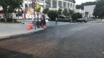 Dolmabahçe'de çöken yol trafiğe açıldı
