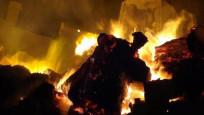 İplik fabrikası alev alev yandı