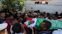 Gazze şehitlerini uğurluyor