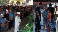 Katliamda ölen anne ve babası için gözyaşı döktü! En acı bakış