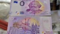 0 euroluk Karl Marx banknotları 100 binden fazla sattı