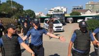 Tuzla'da hayvan pazarı karıştı