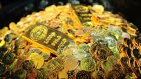 Altın 2018'in en sert haftalık kaybına tutundu