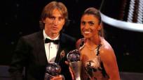 Yılın futbolcusu erkeklerde Modric, kadınlarda Marta