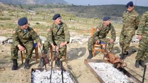 Yunan askerleri Türk adasına çıkıp, kuzu çevirdi