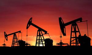 Uzmanlar petrol fiyatlarında düşüş öngörüyor