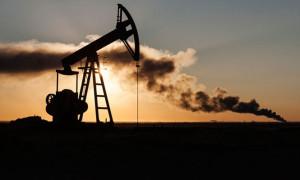 Brent petrol 2.5 yıl sonra 65 doları geçti