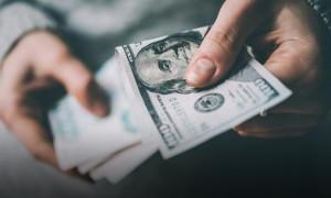 Dolar yeni güne de düşüşle başladı