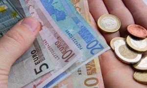 Euro bölgesi enflasyonu Nisan'da arttı