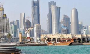Moody's Katar'ın notunu kırdı