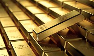 Altın ticaret geriliminin desteğini alamamasıyla düştü