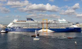 Dünyanın en lüks gemisi yola çıkıyor