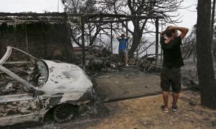 Yunanistan'ı esir alan yangınlarda bilanço ağırlaşıyor: En az 76 ölü