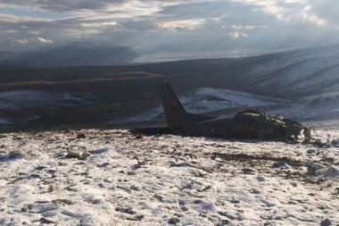 Düşen askeri eğitim uçağının enkazından ilk görüntüler