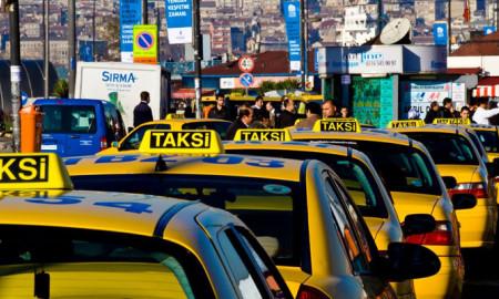 İstanbul'da turistlerin taksi isyanı