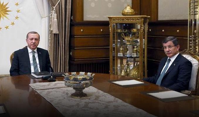 Erdoğan - Davutoğlu zirvesi başladı