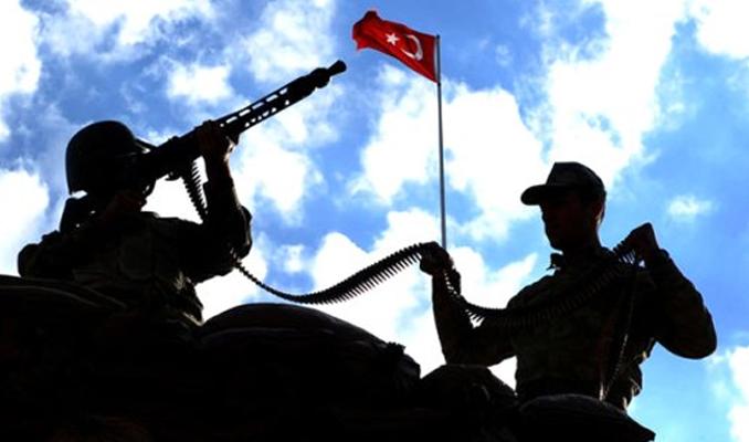 TSK'dan 1389 asker daha ihraç edildi