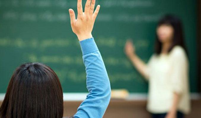 Atılan öğretmenler maaşın yarısını geri verecek