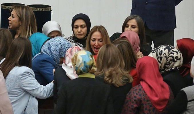 Meclis'te kadın vekillerden büyük kavga