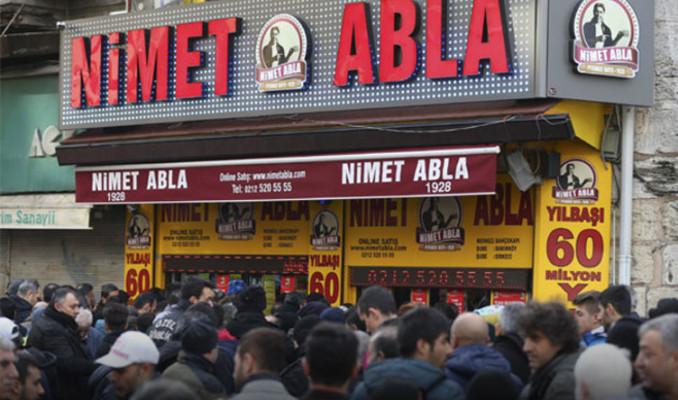 Nimet Abla 500 bin bilet sattı