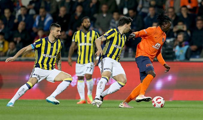 İşte Başakşehir-Fenerbahçe maçının ilk 11'leri