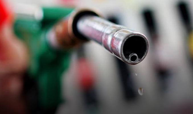 Benzin kıtlığı haberleri hükümeti harekete geçirdi
