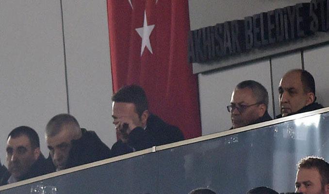 Fenerbahçe Akhisar'a yenildi capsler patladı