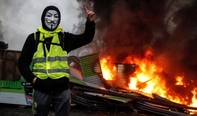 Rusya'dan Fransa'daki protestolara ilişkin açıklama