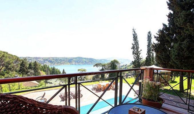 Bank Asya'nın Boğaz'daki villası satılıyor