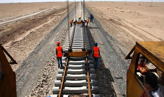 Çinliler 9 saatte istasyon inşa etti
