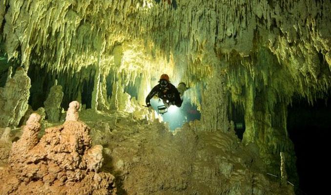 Sualtı mağarasında Maya kalıntıları bulundu