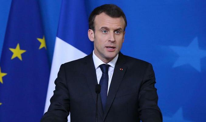 Macron: Suriye'de yeni oluşum için ABD kalmalı