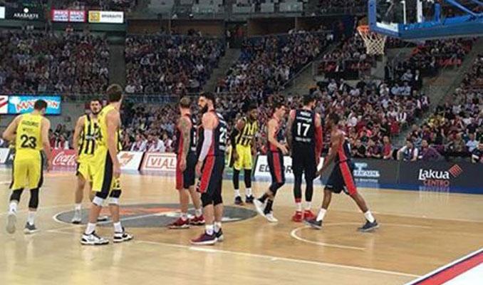 Fenerbahçe Doğuş 4. maça bıraktı
