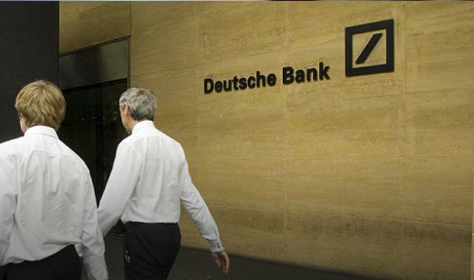 Deutsche Bank'ın karı sert geriledi