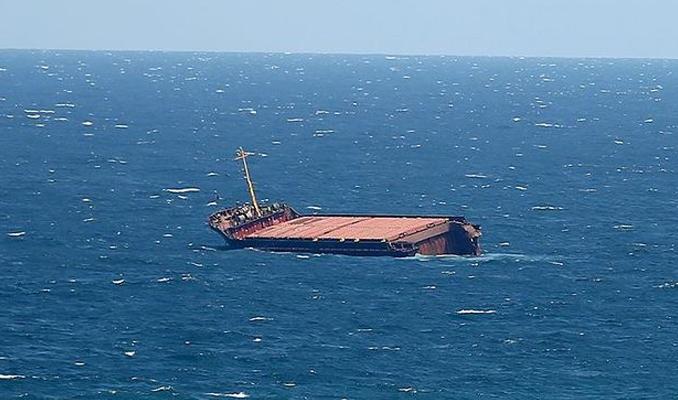 Batmakta olan Türk gemisi kurtarıldı