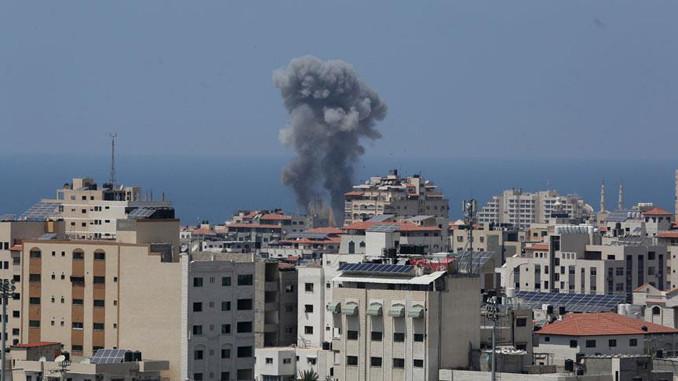 İsrail, Gazze'de Hamas hedeflerini vurdu