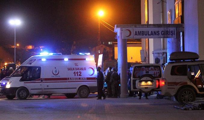 Hakkari Çukurca'da askeri konvoya roketli saldırı