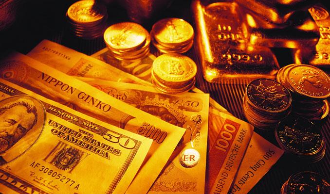 Altın ticaret savaşı endişeleri ile yükseldi
