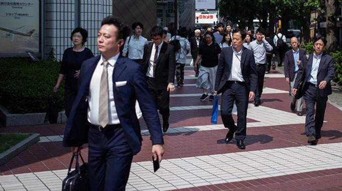 Japonya'da 3 dakika krizi